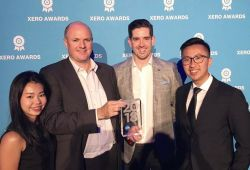 /news-events/news/mazars-wins-xero-regional-partner-year-asia-award/